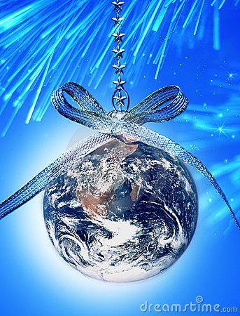 world-christmas-ornament-earth-19405522